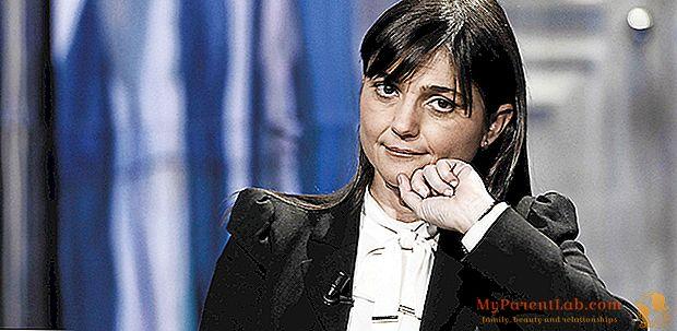 ديبورا سيراكياني ، التي ضحت بالزواج من السياسة