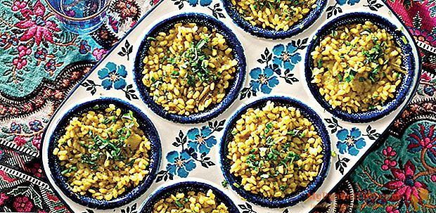 Arroz con alcachofas al horno, con perejil y cilantro.