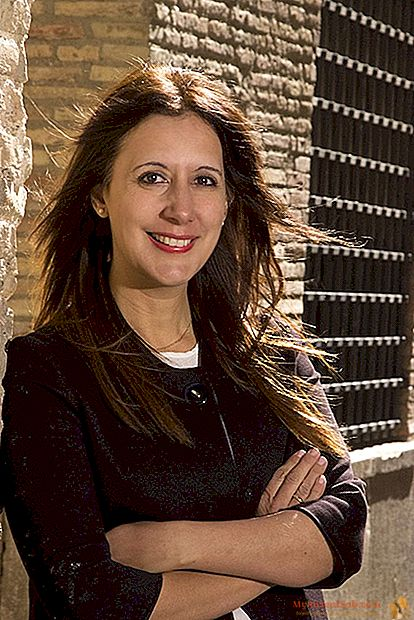 """Dolores Redondo: """"Con mi amarillo cuentan las contradicciones de España"""""""