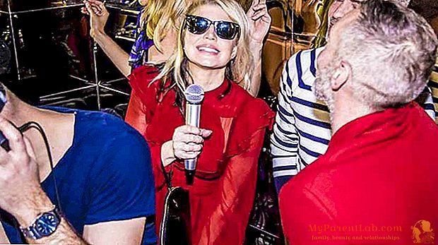 أسبوع الموضة في ميلانو 2017: فيرغي يغني لكافالي. فاليريا جولينو وإيزابيلا فيراري من جورجيو أرماني