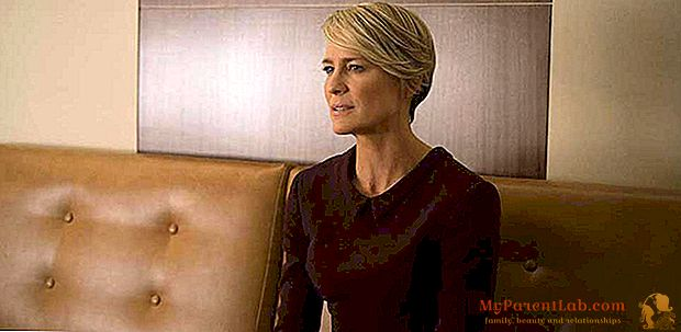 #SiamotutteClaire (Underwood)? Refleksija apie moteris ir valdžią
